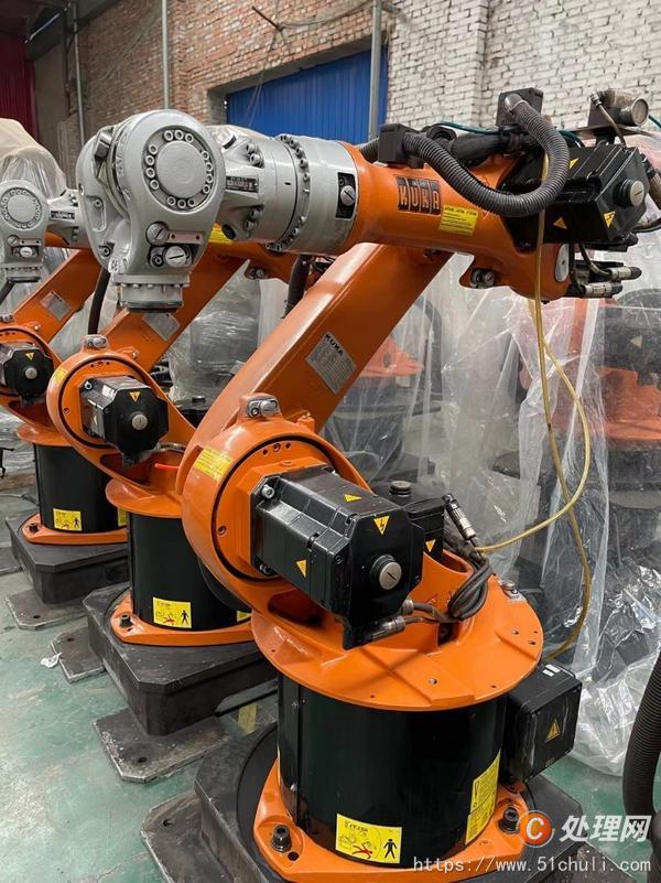 二手锻造机器人